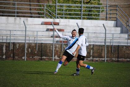 48': Costantini esulta dopo il gol del momentaneo vantaggio