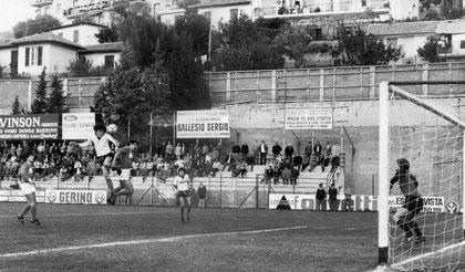 75': Lombardi vola in cielo ed insacca alle spalle di Lorenzotti