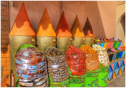A Marrakech, les couleurs sont l'âme de la ville, le reflet de la vie