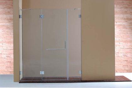 Mampara frontal de ducha de vidrio templado con una hoja abatible y dos fijas