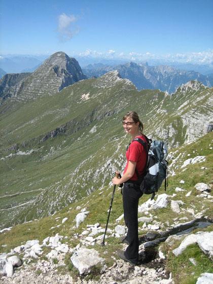 Im Südwesten erhebt sich der Monte Cimone (2379m)