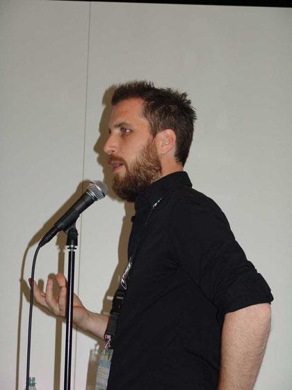 """Relics """"Space Marine""""-Producer Raphael van Lierop bei der GC-Präsentation seines Spiels."""