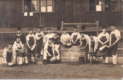 Stubenkameraden des Arthur Hoffmeisters 1911 (Beckröge)