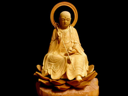 木彫りの地蔵菩薩