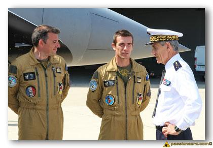 Félicitations au pilote et au coach du  Rafale Solo Display