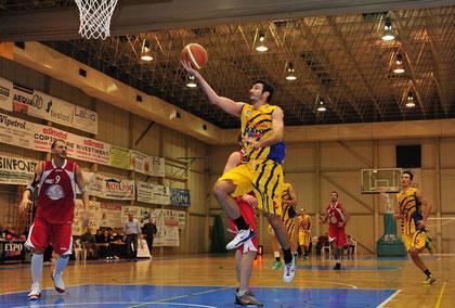 Mirko Cavallaro in contropiede (foto Daniele Piedinovi)