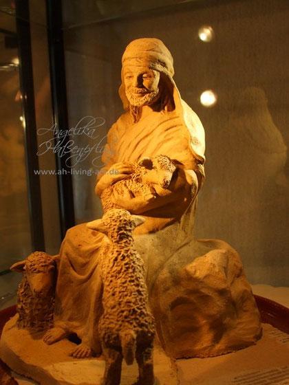 Unikat Skulptur Hirte Terrakotta Ton