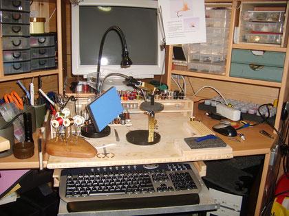 Dying Desk