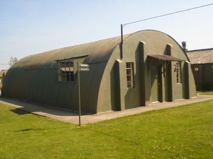 hutte NISSEN typique des aérodromes alliés