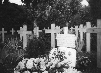 Cette photo doit être vraissemblablement la première sépulture de Cronenbourg