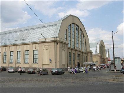 Die Markthallen von Riga.