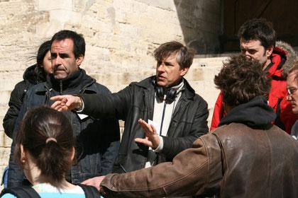 David DELRIEUX, le réalisateur au centre et son 1er assistant