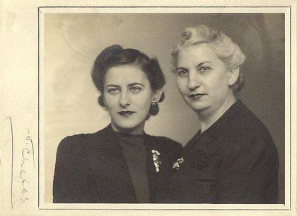 Ida Kaufherr mit ihrer Tochter/with her daughter Bertel in New York