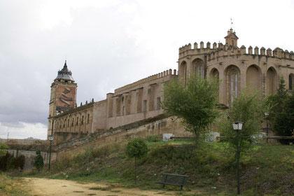 Kloster San Isidoro del Campo (Bild: wikimedia)