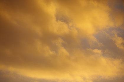 Himmel über E'loh am 04.10.2012 18.45 Uhr