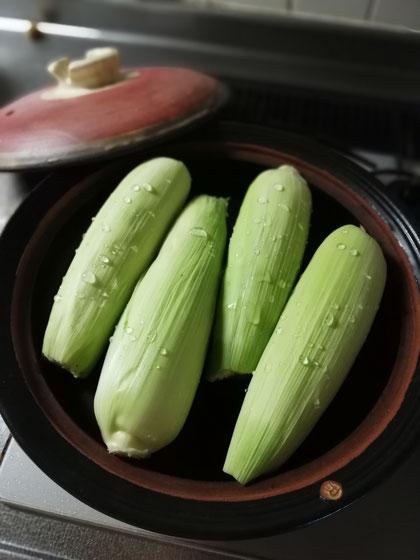 陶芸家 ブログ 茨城県笠間市 土鍋 トウモロコシ 直火蒸し 美味しい調理法 旬の野菜 無水調理