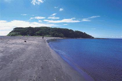 沖ノ島と館山湾