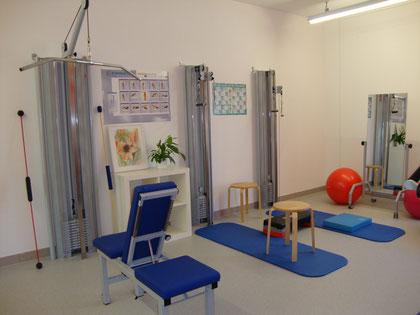 Trainingsraum, Vertikalzug und Seilzüge