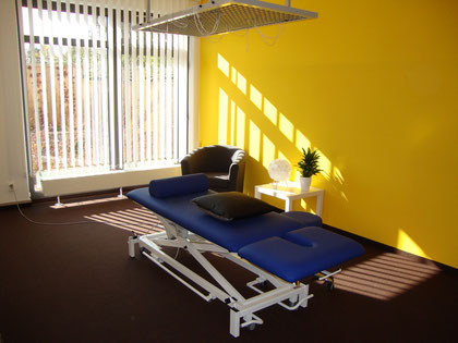 Behandlungsraum (gelb)