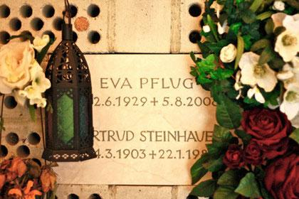 Pflug, Eva (1929-2008)