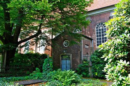 Barocke Christianskirche, Ottenser Kirchhof, Hamburg