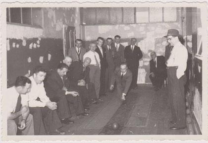 Société Chorale in den 50zigern auf der Kegelbahn im Café Braun Franz in der Rue de la Montagne