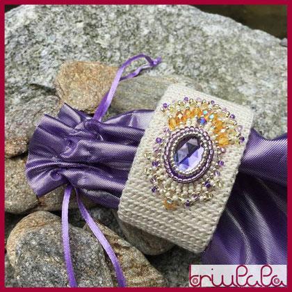 Ludmila - bracciale in seta con ricamo a perline
