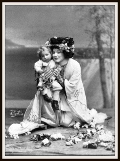 Giacomo Puccini MADAMA BUTTERFLY  (Cio-Cio-San)