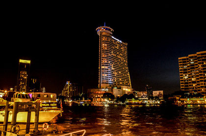 Bangkok/Chao Phraya und Hilton Hotel (Foto: Daniel Schlenk)
