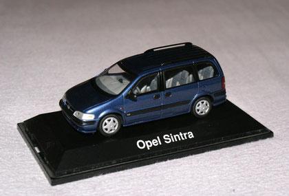 Opel Sintra Blau