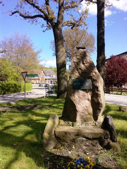 Denkmal Nindorf am Walde (Mai 2010)