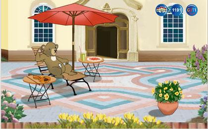 Der Bär freut sich über seine Terrasse.
