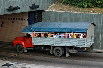 öffentliches Verkehrsmittel in Havanna