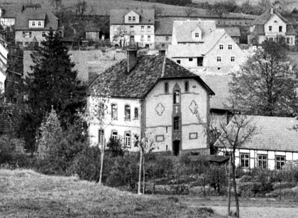 Das evangelische Pfarrhaus in Burghaun in den 1930er Jahren