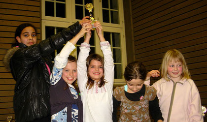 Wettkampfgruppe Mädchen 1. Platz Kirchhaldenschule