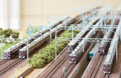 神戸線、宝塚線、京都線が平行する3複線Nゲージジオラマ