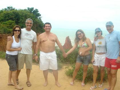 Eles estão fazendo o passeio pelas praias do sul de jampa!!!!!!