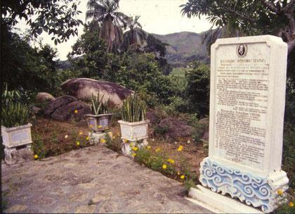 Tombeau du Dr Alexandre Yersin à Suối Dầu