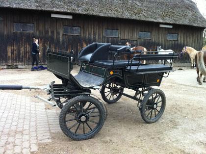 Hier sehen Sie unsere Wagonette nochmal freistehend auf unserem Hof