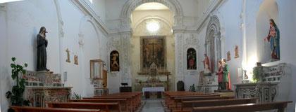Chiesa di Gesù e Maria: interno