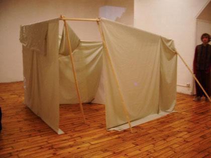 La tente, support de projections