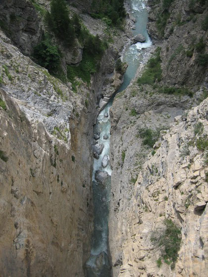 L'Ubaye, 97 mètres plus bas, du pont du Châtelet