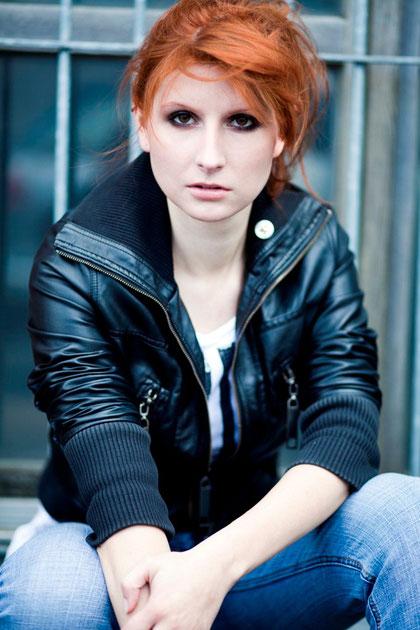 Julia Monique Neviandt