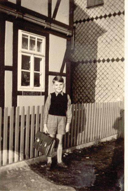 Zur Mittelschule 1957