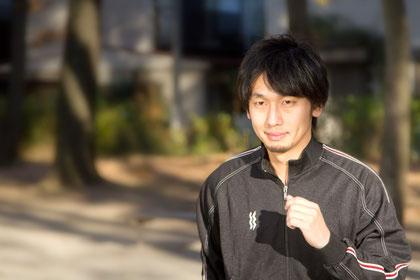 頸椎ヘルニアで運動する奈良県香芝市の男性