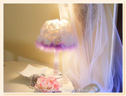 LL011 - Abat-jour Shabby Chic - bianca e lilla -  € 65,00 - altezza cm 38,00 ca - 04 feb 2013