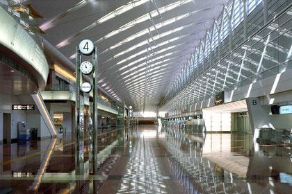 羽田第2ターミナルの出発ロビー