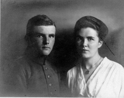 Ernst-August mit Schwester Emmi