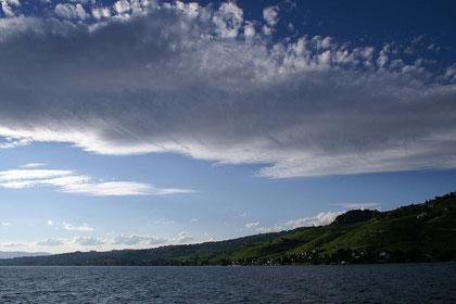 Lac Leman; die Weinberge zieren das gesamte Nordufer; ein UNESCO-Weltnaturerbe.