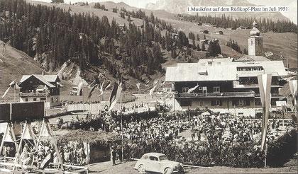1. Arlberger Musikfest auf dem Rüfikopf-Platz in Lech, Juli 1951
